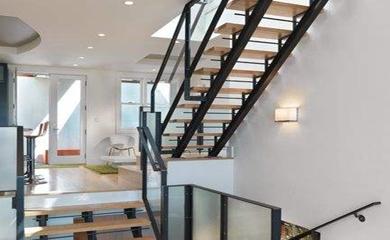 阁楼钢结构楼梯